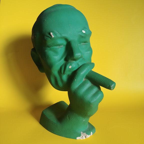 Gipsowy odlew, rzeźba - głowa z cygarem