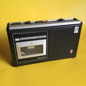 Magnetofon kasetowy Unitra Grundig MK 232 lata 70 loftdizajn.pl