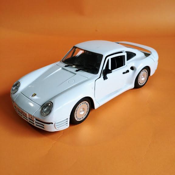 Porsche 959 model samochodu