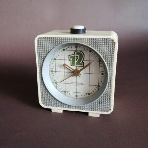 Zegar, budzik produkcji ZSSR