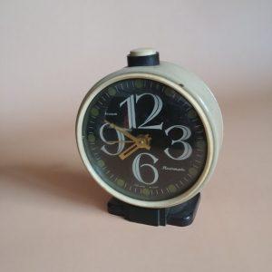 Zegar, budzik produkcji radzieckiej