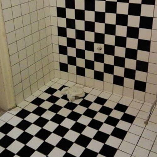 Remont łazienki w kamienicy płytki
