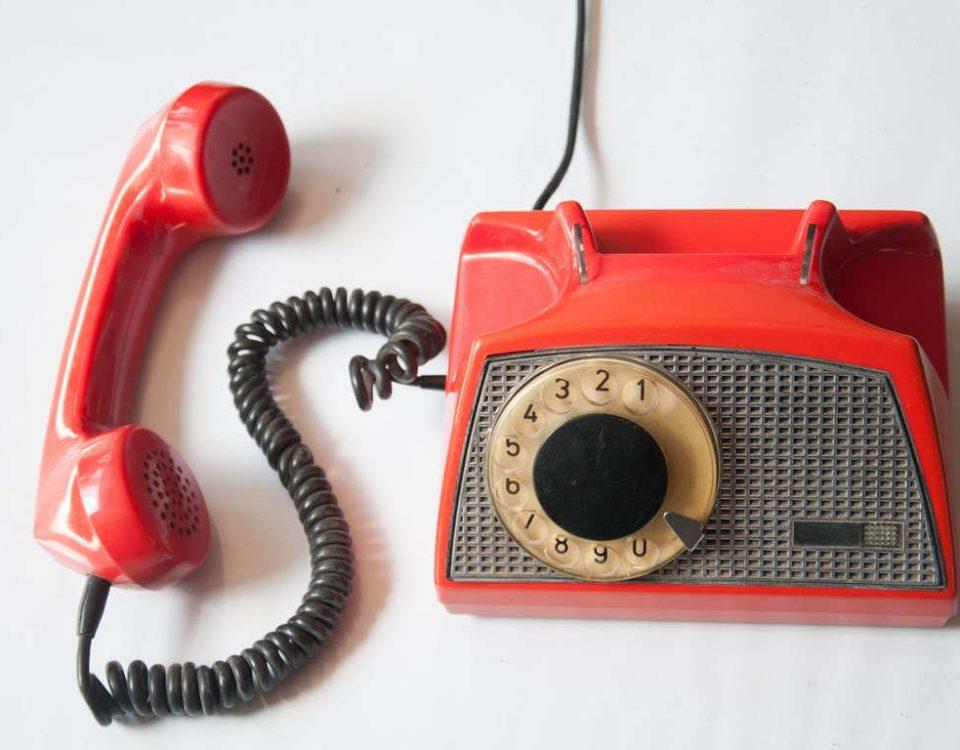 stare telefony lata 70