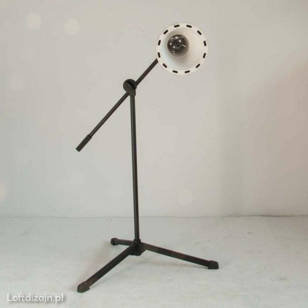 Lampa podłogowa industrialna czarna